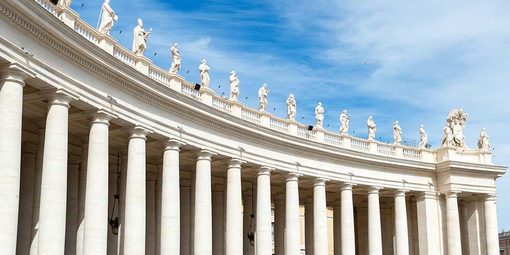 Tour Roma: città di grandi santi 2 Notti, colonnato di San Pietro